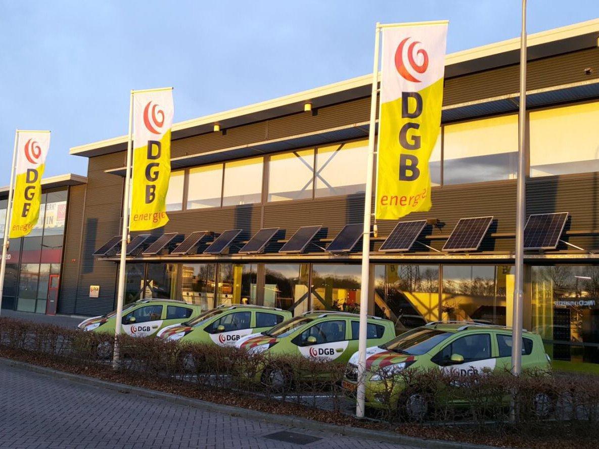 Zijkant pand Energiecentrum Hardenberg - DGB Energie